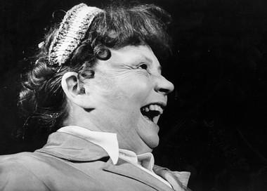 Е.Уварова (Михайн).  «Игра скошкой». Фото изархива Театра комедии им. Н.П.Акимова