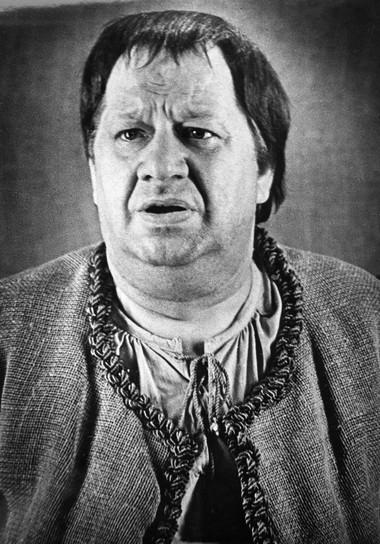 П.Панков (Жан-Жак Бутон). «Мольер». АБДТ им.Г.Товстоногова. Фото Б.Стукалова