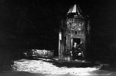 «Чайка». Сцена изспектакля. Фото изархива театра