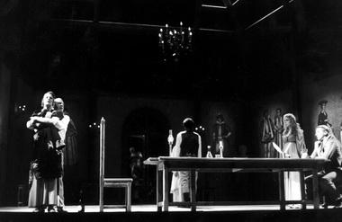 Сцена из спектакля. Фото из музея БДТ.