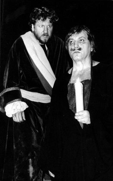 В.Смирнов (Петр) и С.Паршин (Толстой). Фото В.Красикова