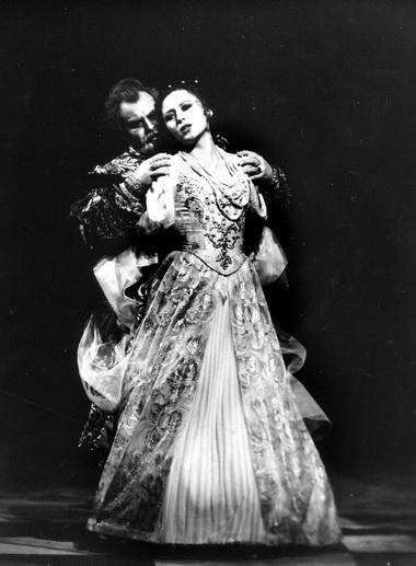 Опера «Мазепа». О.Гурякова (Мария) и Н.Путилин (Мазепа). Фото Ю.Ларионовой
