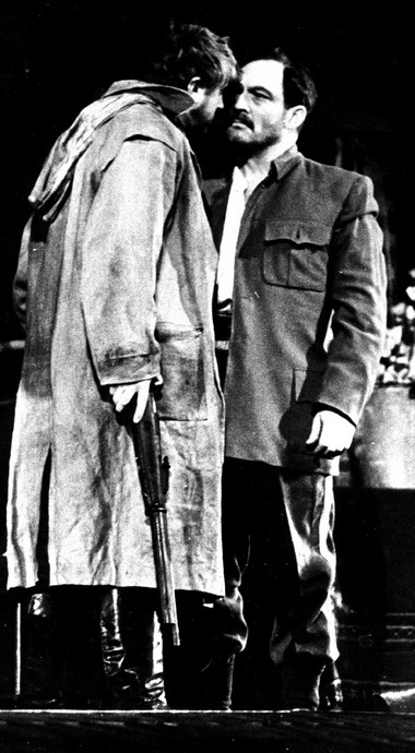 В.Стржельчик (Лятьевский), Г.Гай (Половцев). «Поднятая целина». 1964г. Фото В.Габая измузея АБДТ им. Г.Товстоногова