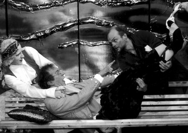 В.Кухарешин (Манкурт). «Двенадцатая ночь, или Что угодно». Молодежный театр наФонтанке. Фото В.Постнова