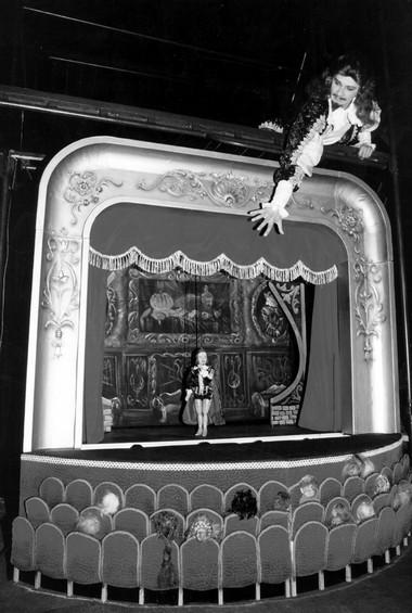 «Дон Жуан». Сцена изспектакля.  Фото В.Пустовалова