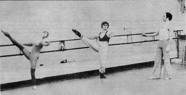 Ю. Шнайдер на репетиции с Н. Макаровой и М. Барышниковым. Американский Балетный Театр