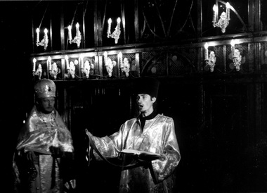 Сцена изспектакля «Татьяна Репина». МТЮЗ. Фото изархива журнала