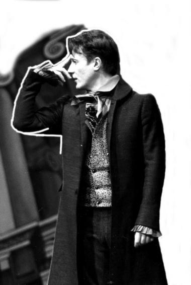 Олег Меньшиков (Чацкий). «Горе отума». Театральное товарищество «814». Фото изархива О.Меньшикова