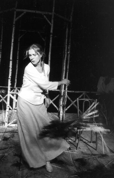 В.Верберг (Таня). Фото Е. Лапиной изархива театра