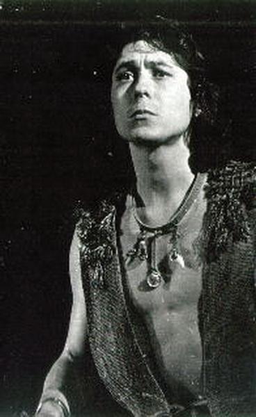 А.Асадуллин (Орфей). Спектакль 1975г. Фото: www. orphey.da.ru