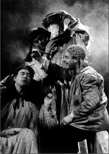 «Царь Эдип». Сцена изспектакля. Фото изархива журнала