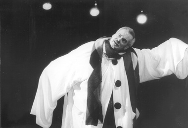 Н.Буров (Дон Жуан). Фото В.Красикова