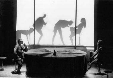 Сцены изспектакля. Фото изархива театра
