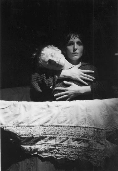 О.Ягодин (Ромео) иИ.Ермолова (Джульетта). Фото В. Пустовалова