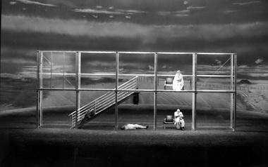 «Гибель богов». Сцена изспектакля. Байрейтский фестиваль. 2000г. Фото изархива автора