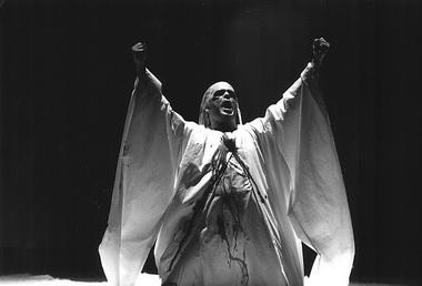 Сцена из спектакля «Король Рогер». Фото из архива театра