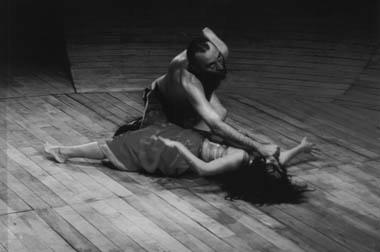 «Анатомия. Тит. Падение Рима». Сцена изспектакля. Фото изархива фестиваля