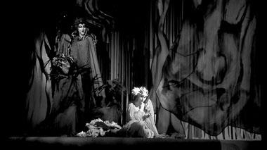 Сцена изспектакля «Русалка». Фото изархива автора