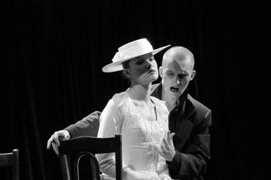 Е.Мартыненко(Полина), А.Смелов(Г-нZero). ФотоА.Марголина