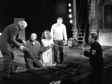 Репетиция спектакля «Тотстул,этакровать» Кавказской лаборатории. ФотоизархиваМ.Мамаладзе