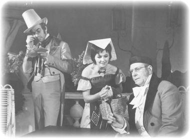Г.Воропаев(Ученый), В.Карпова(Аннунциата), А.Савостьянов(Доктор). «Тень».1960г. Фотоизархива театра