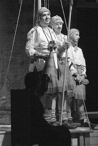 «Осада».Сцена изспектакля. МХАТим.А.П.Чехова. ФотоВ.Луповского