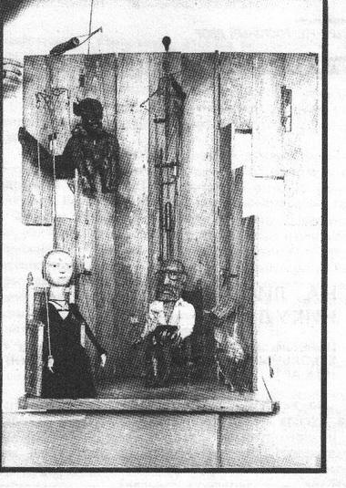 Сцена изспектакля «Фауст». Театр «Деревянный ящик». Фото О. Журавлёва