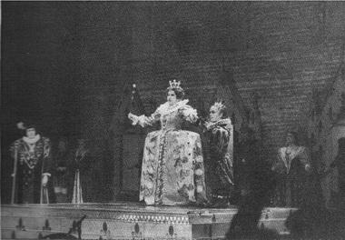 «Мария Стюарт». Сцена изспектакля. Театр «Новая опера». Фото А. Степанова