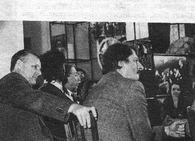 А.Собчак, С. Юрский иГ.Тростянецкий насеминаре фестиваля. Фото В. Дюжаева