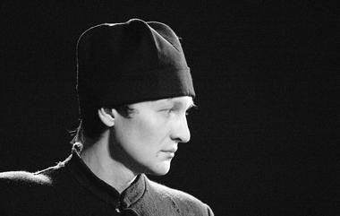 А.Коручеков (Алеша). «Мальчики». ТеатрРАТИ(ГИТИС). ФотоО.Черноуса