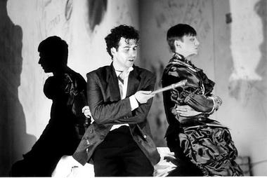 А. Баргман (Гамлет). «Гамлет». Театр «Приют комедианта». Фото М. Константной