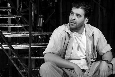 """А. Баргман (Стенли Ковальский). «Трамвай """"Желание""""». Театр «Приют комедианта». Фото В. Архипова"""