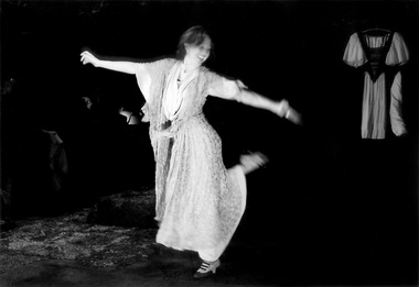 М. Солопченко (Нора). «Нора». Белый театр. Фото из архива актрисы