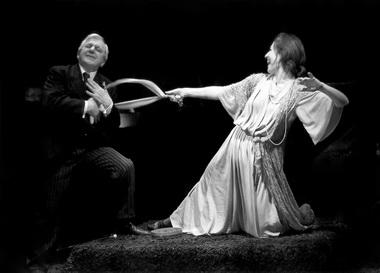 Г. Штиль (Ранк), М. Солопченко (Нора). «Нора». Белый театр. Фото из архива актрисы
