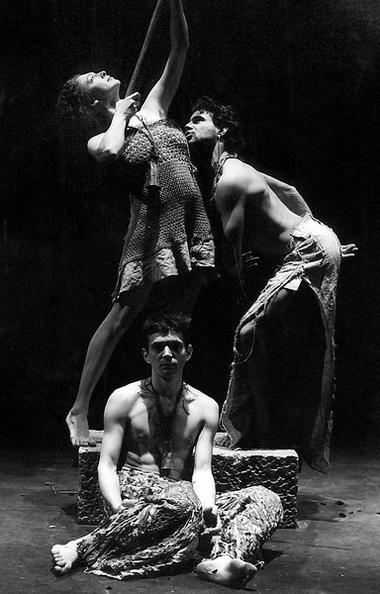 «Эдип-царь». Сцена из спектакля. Театр на Литейном. Фото Ю. Белинского