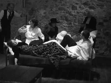 Сцена из спектакля. Фото из архива театра
