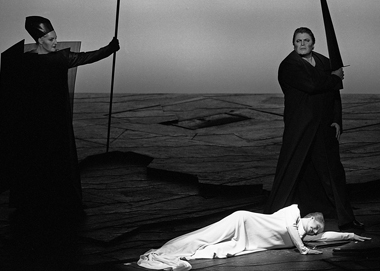 «Валькирия». Сцены изспектакля. Фото М.Н. Роберта