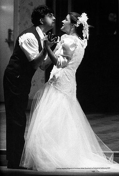Л.Регаззо (Фигаро), К.Элзе (Сюзанна). «Свадьба Фигаро». Фотоизбуклета кспектаклю