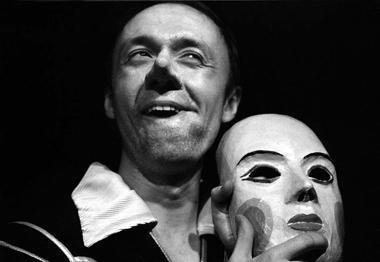 А.Шимко (Сирано). Фото изархива театра