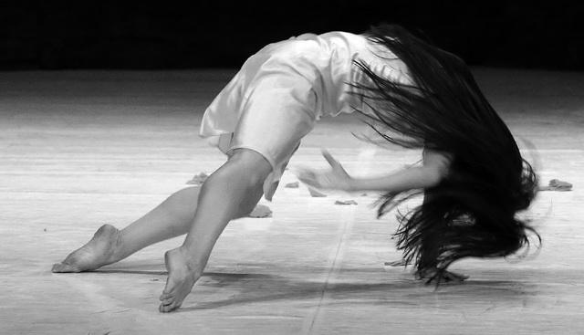 «Мазурка Фого». Театр танца Вупперталь. Фото В. Луповского
