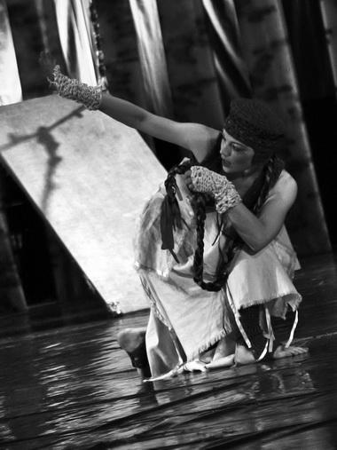 Т. Рыжкова в спектакле «Берегиня». Фото из архива театра
