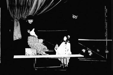 «Маленький принц». Сцена из спектакля. Фото из архива фестиваля