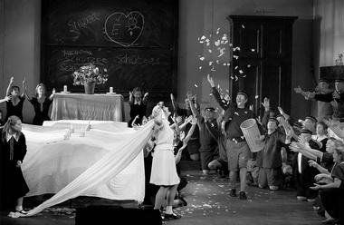 «Лоэнгрин». Сцена из спектакля. Фото М. Ронна
