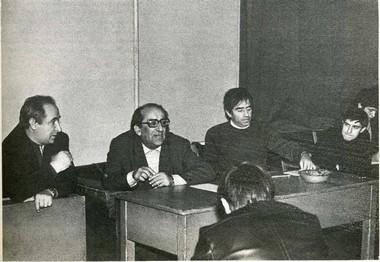 Е. Лебедев, Г. Товстоногов и А.Кацман в учебной аудитории. Фото из архива Петербургской Академии театрального искусства