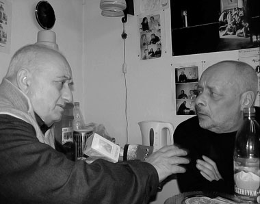 Редакция «ПТЖ». Р. Габриадзе и Л. Эренбург. 2007 г. Фото М. Дмитревской