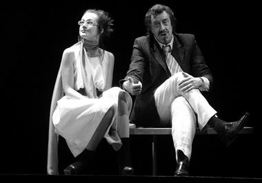 И. Савицкова (Надежда), С. Мигицко (Макс). «Night and day». Театр им. Ленсовета. Фото Э. Зинатуллина