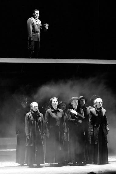 «Доктор Живаго». Сцена из спектакля. Фото А. Медведева