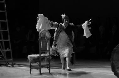 Р. Хайруллина (Миссис Бэнтли). «Вино из одуванчиков». Фото Е. Сорокиной