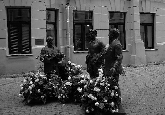 Узнай, кто Володин, кто Розов, кто Вампилов... Фото М. Дмитревской