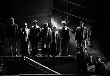 «Калека с острова Инишмаан». Сцена из спектакля. Фото К. Суслова